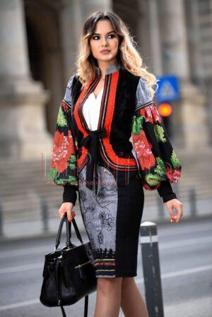Jacheta din velur cu imprimeu traditionalSACOURI