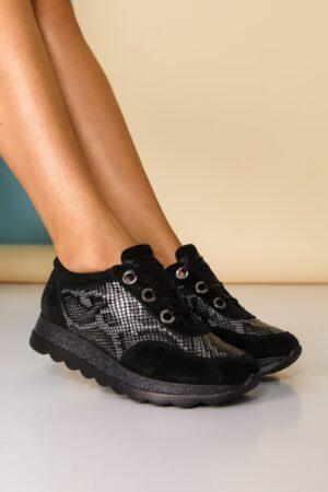 Pantofi sport  negri cu imprimeu snake