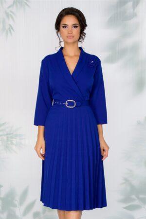 Rochie albastra cu fusta plisata si curea in talie