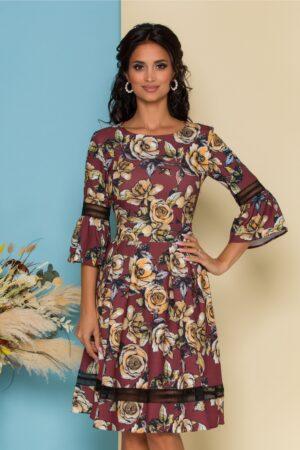 Rochie  maro cu imprimeu floral si insertii din dantela