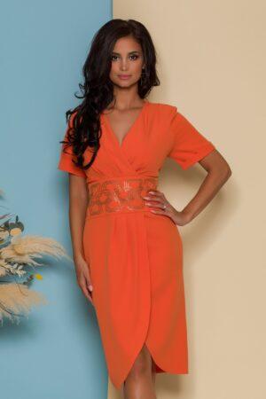 Rochie orange cu design petrecut si talie accesorizata cu strasuri